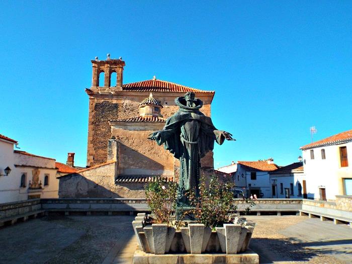 plaza de San Pedro de Alcantara