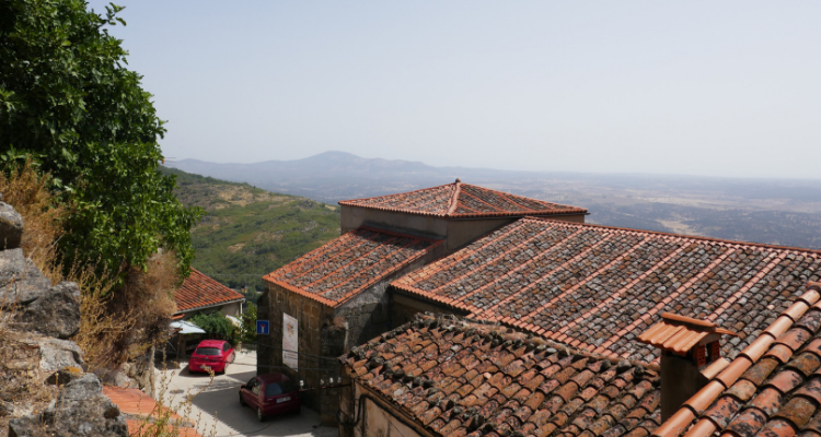 Visiting Sierra de Gata: Santibañez el Alto