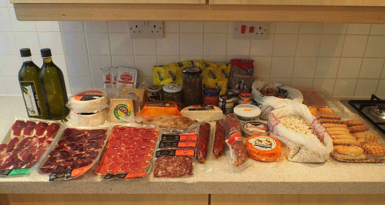 Back from Extremadura or how much food fits in a suitcase