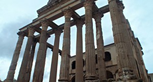 diana-temple-roman-architecture-merida-spain-unesco-sites