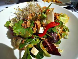 mix leaf salad