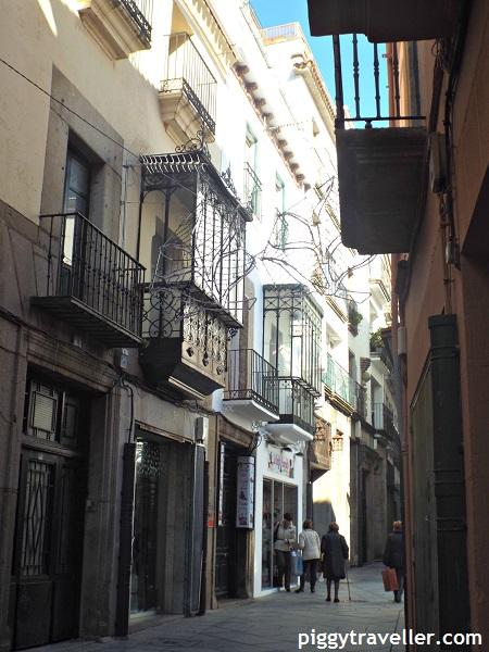 Shopping street in Plasencia