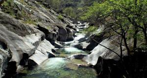 Los-Pilones-natural-pool-wild-swimming-in-spain-jerte