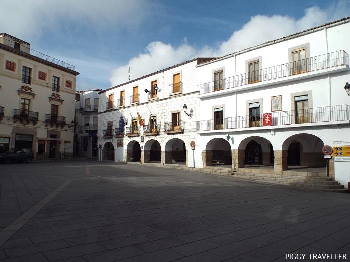 Montánchez main square, Extremadura