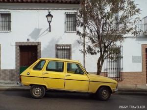 extremadura-spain-old-car