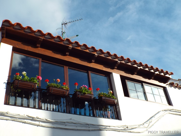 flower-pots-fregenal-de-la-sierra-extremadura-destinations