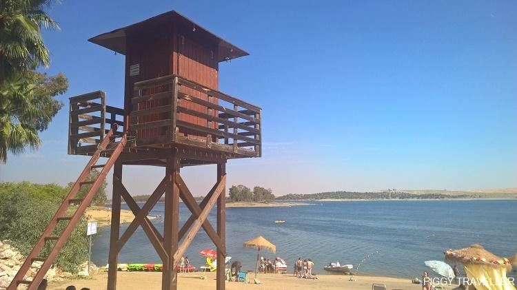 beach, Orellana reservoir, Extremadura