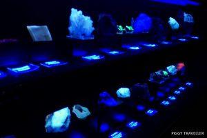fluorescent minerals, costanaza mine, logrosan